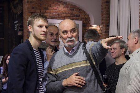 """Открытие выставки """"Полетели"""" Константина Сухоплюева"""