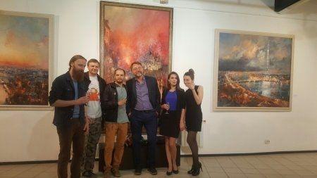 """Вернисаж выставки Романа Ляпина """"La citta"""""""