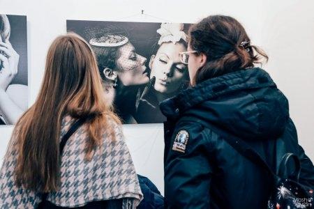 Вернисаж фотовыставки «Ретро стиль: женственность и сексуальность»