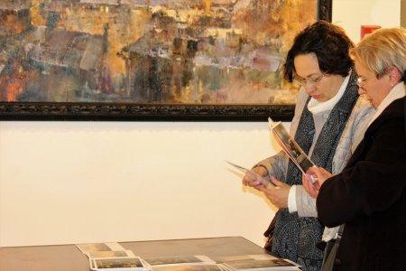 Вернисаж выставки живописи «PRO ВОЗДУХ» художника Романа Ляпина.