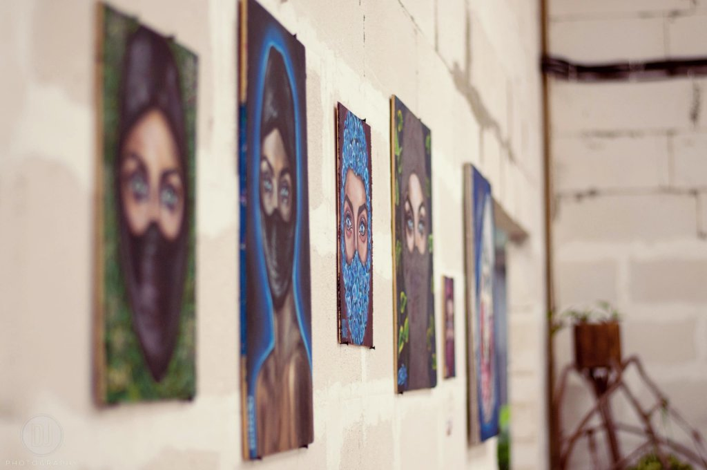 Выставка стрит-арта «Обратная сторона»