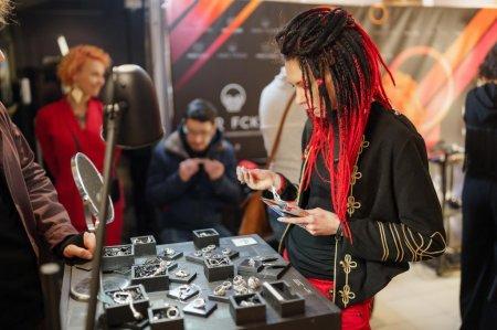 В АРТМУЗЕ прошёл фестиваль уличной моды Street Fashion Show 2020